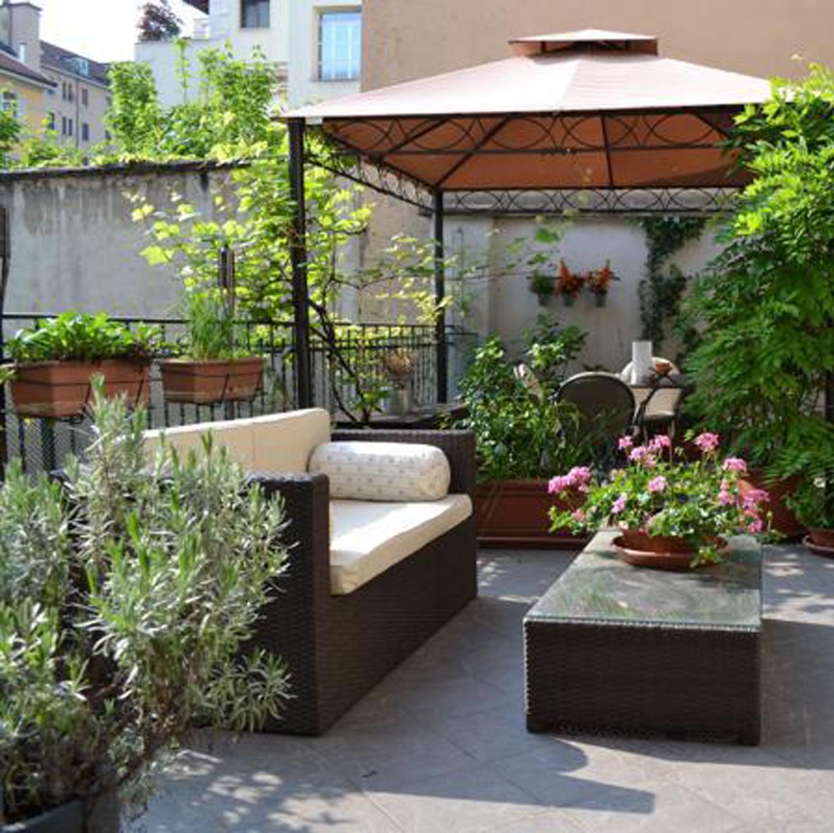 Terrazzi l 39 architettura servita for Arredo ville e giardini
